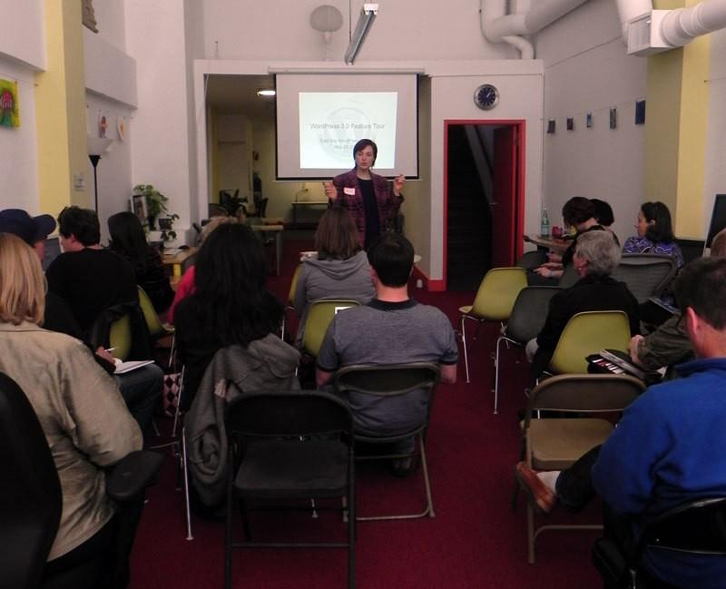 Sallie Goetsch speaking at the East Bay WordPress Meetup